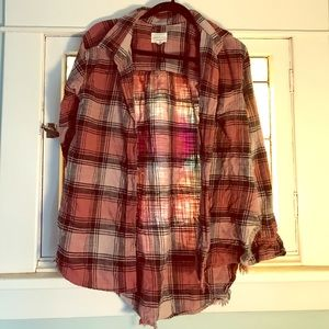 American Eagle destroyed boyfriend flannel